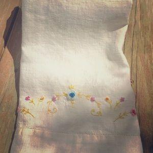 Floral Embroidered Vintage Tea Towel.